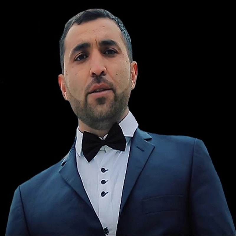 http://s9.picofile.com/file/8367244100/38Xeyyam_Ezimov_Aglama.jpg