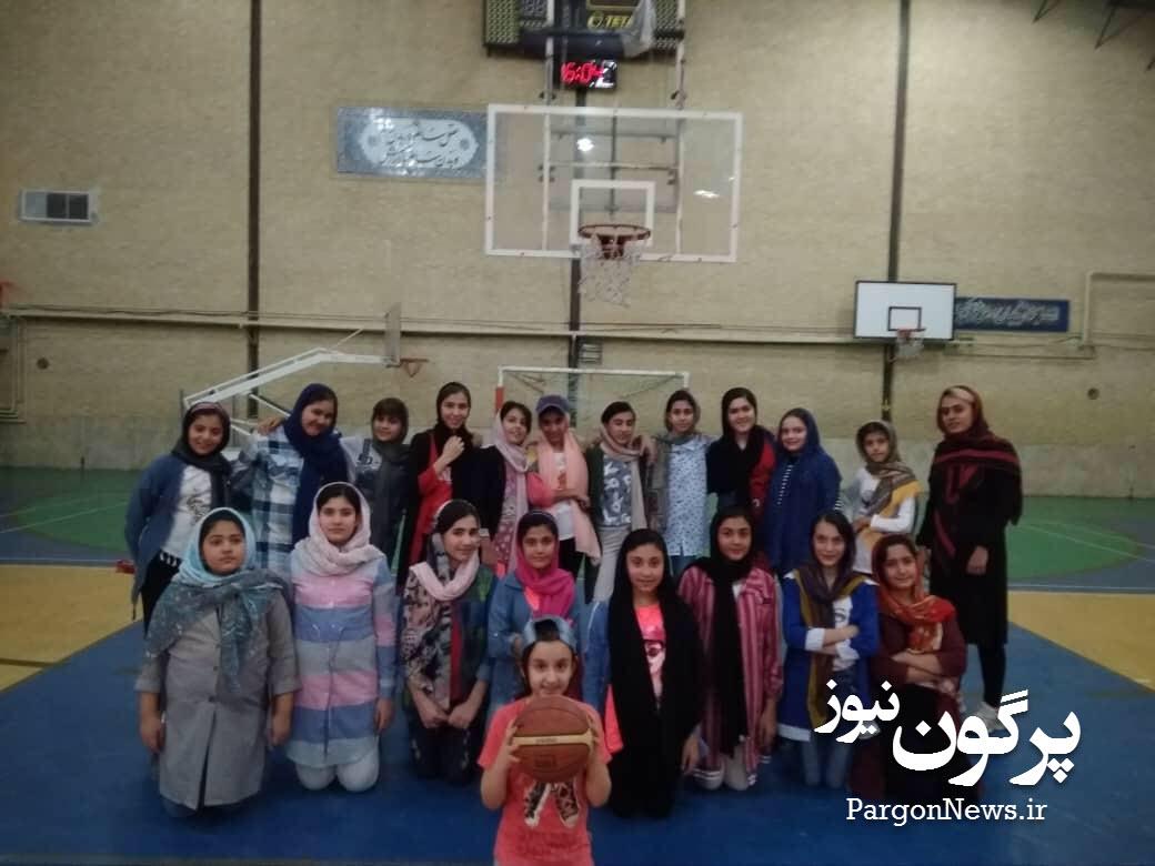 برد شیرین در بازی دوستانه بسکتبال دختران البرز قیر در شیراز