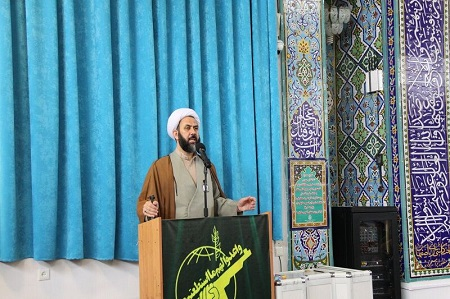 امام جمعه آستارا: تحریم وزیر امور خارجه ایران نشانه شکست آمریکاست