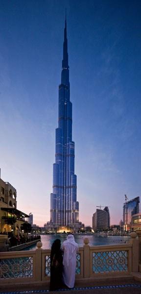 آثار برجسته معماری - برج الخلیفه در دوبی